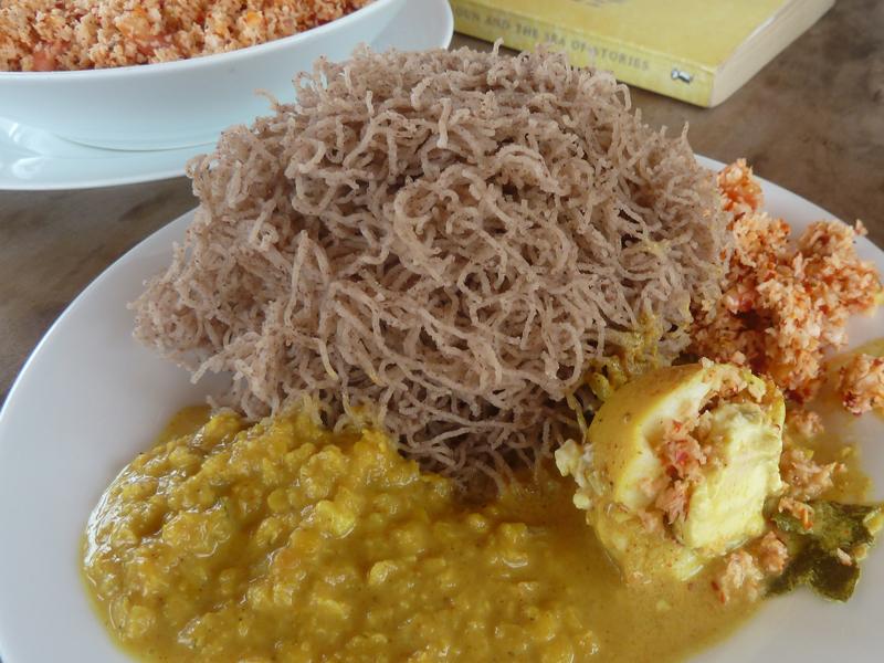 Vorsicht, Suchtgefahr: Coconut Sambal - Pol Sambol aus Sri Lanka ...